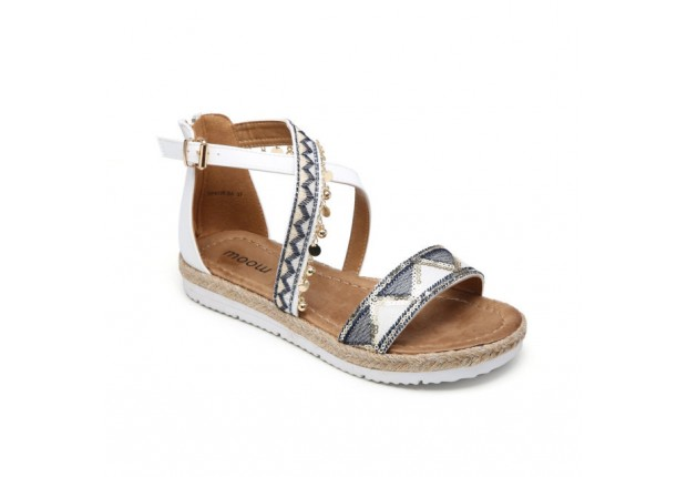 Sandale éthnique